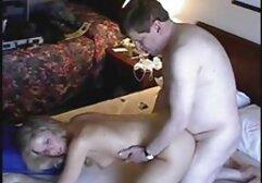 Adolescente japonês amarrado e vídeo pornô de mulher negra dado o clímax de uma varinha mágica