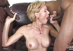 um adolescente doce fode a sua língua de rata vídeo de pornô com mulher