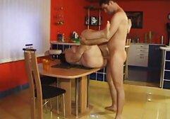Kelli Lox com porno de mulheres gostosas Mamas pequenas monta um apito de carne