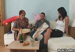 O tipo faz um mulher com cavalo porno ménage à trois com a madrasta e meia-irmã.