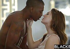 Patrulha Trike-Filipina sensual a Esguichar video de sexo 2 mulheres e 1 homem a sua rata com uma grande pila branca